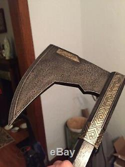 Bearded Axe Of Gimli by United Cutlery Lord Of The Rings Prop