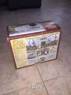 Games Workshop Lord of the Rings Helm's Deep Fortress