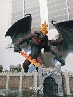 LORD OF THE RINGS Balrog #602/2400 LE 100% complete with box! Read Desc