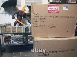 LORD OF THE RINGS Balrog NIB! #602/2400 NECA 25 Electronic Lights & Roar