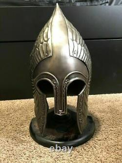Lord of the RingsGondorian Infantry Helmet Includes Display Stand Halloween