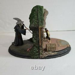 Lord of the Rings No Admittance Bilbo Gandalf Gift Set Bookends WETA Workshop