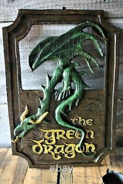Lord of the Rings'The Green Dragon' pub sign