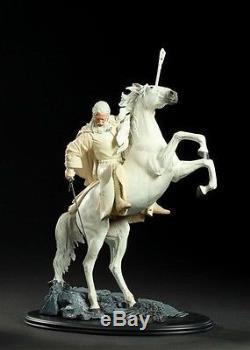 Lord of the rings Gandalf the White on Shadowfax Sideshow Weta. Hobbit