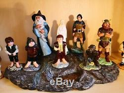 Royal Doulton Lord of the Rings Tolkien complete set of 12 figures and base mint