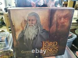 Sideshow Collectibles Lord of the Rings GANDALF 12 Action Figure 1/6 Scale (lm)