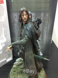 Sideshow Lord Of The Rings Exclusive Aragorn as Strider Polystone Statue Figure