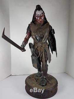 Sideshow Premium Format Statue Lord Of The Rings Fellowship Lurtz 14 Scale