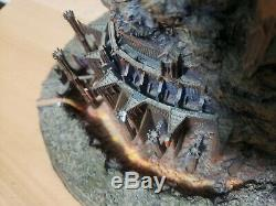 THE DARK TOWER OF SAURON STATUE by The Danbury Mint Lord of the Rings CHIPS