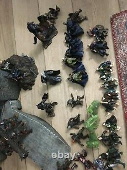 The Lord of the Rings Armies of middle earth huge lot! Play along mini figures