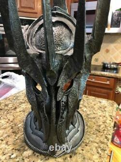 United Cutlery Lord of the Rings The War Helm of Sauron UC2941 0868/1500