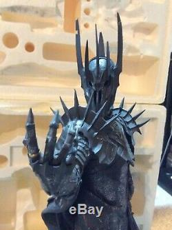Weta Sauron Polystone Statue Sideshow Lord of the Rings LOTR damaged